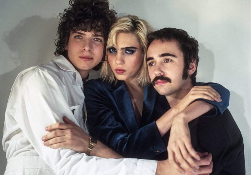 "TODAY'S SONG: SUNFLOWER BEAN'S ""TWENTYTWO,"" A FIGURATIVE & LITERAL REPRESENTATION OF GROWTH"